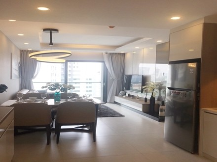 New City Thu Thiem Apartment 1 Bedrooms With Big Balcony and Garden